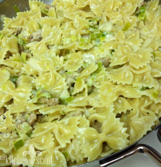 Farfalle_with_Leeks_and_Chicken_Sausage