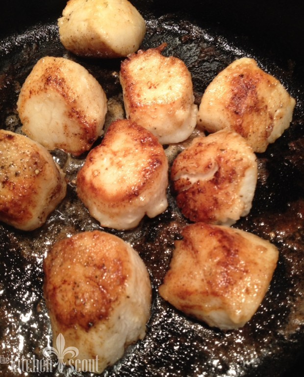how to cook scallops cast iron